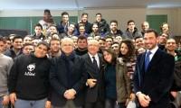 Lecce_Studenti_lezione
